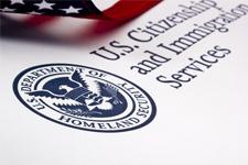 USCIS nimmt H-1B Petitionen für US-Steuerjahr 2013 an